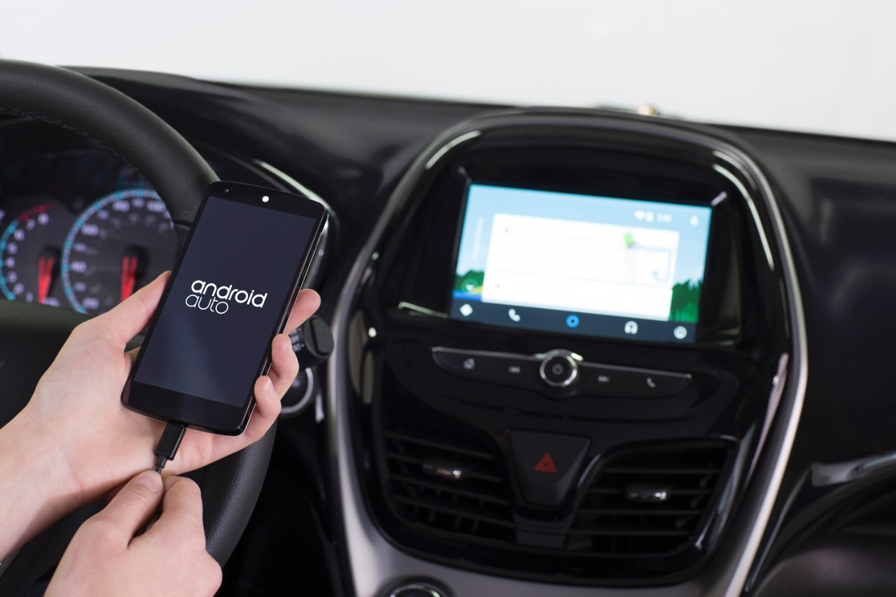 Smartphone Integration: Android Auto