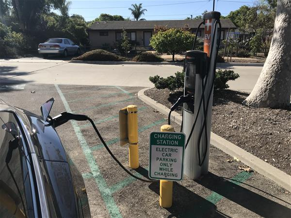 ChargePoint Level 2 Charging Station, Goleta, CA